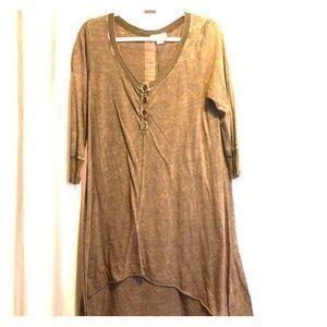 Tops - Brown high low hem tunic